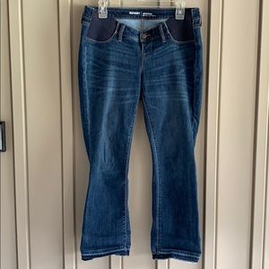 Old Navy Cropped Maternity Jeans size 6